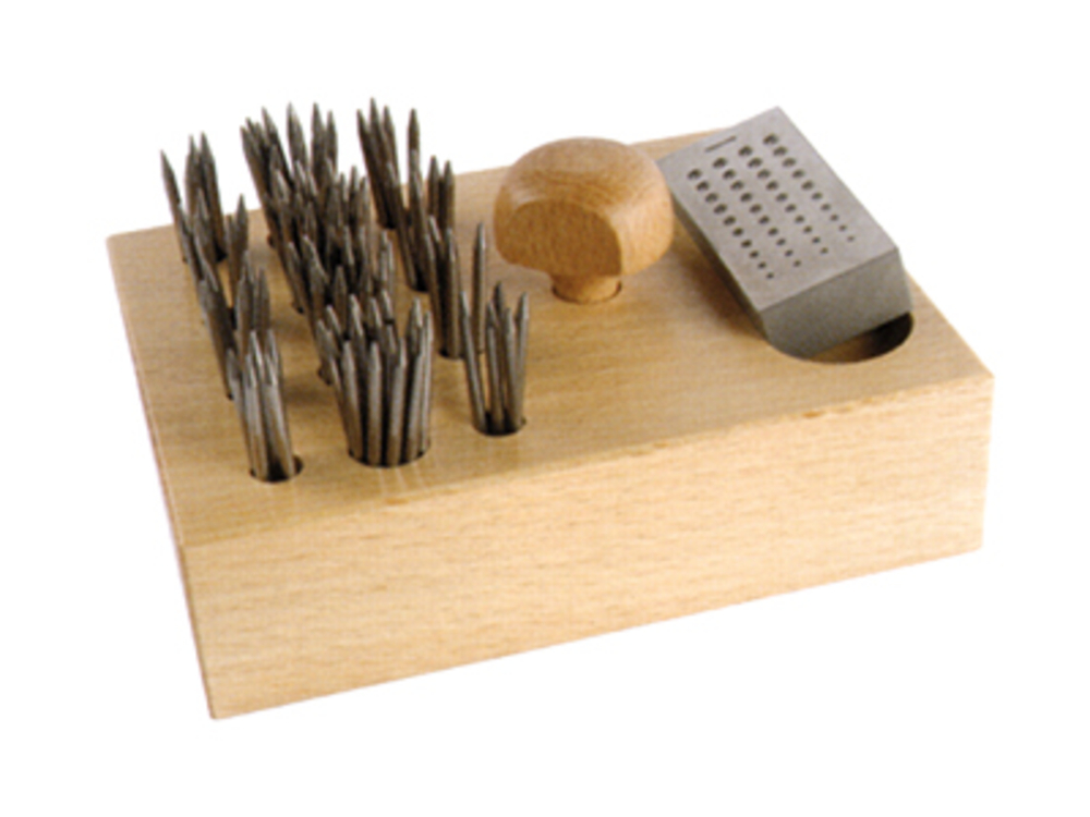 Beading tool set with beading block