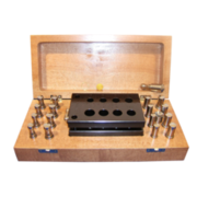 Disc cutter set, 8 cutting punches, 8 centering punches